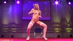 Pornstar Magdi strips in shiny spandex Thumb
