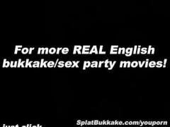 UK Pornobabe Donna Derriers bukkake party Thumb