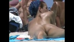 Amateur nudist voyeur brunette pussy on hidden cam Thumb
