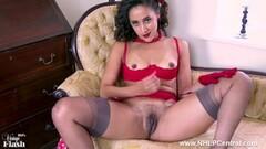 Hottie Ebony babe wanking off in retro nylon lingerie heels Thumb