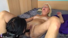 Short haired big cock craving Alina West blows it all Thumb