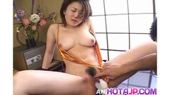 Fit MILF Masturbates Her Slit with wand Thumb