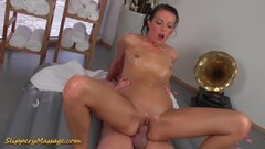Squirting young MILF gets some in the HOT TUB Thumb